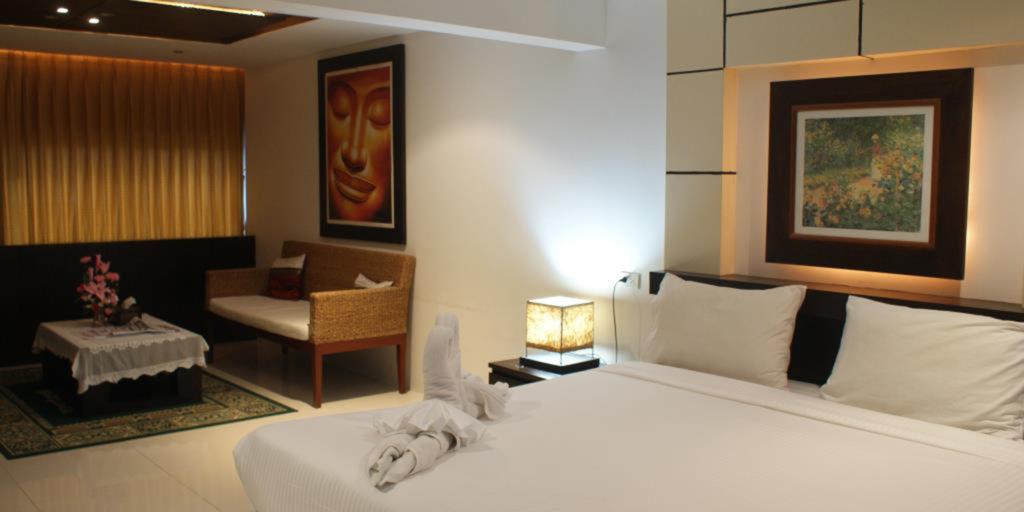 Accomodations/Hotels