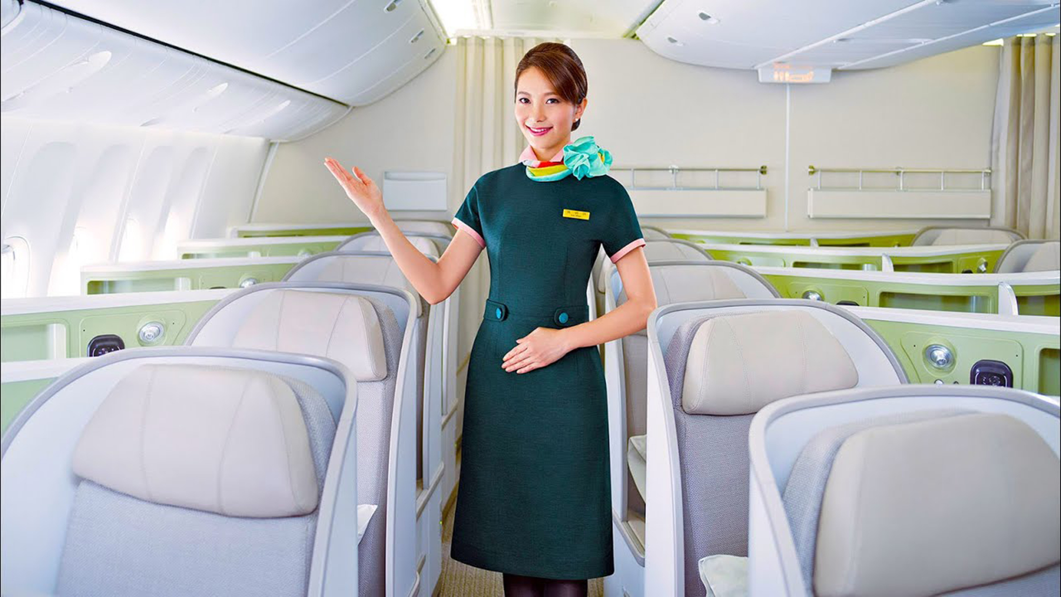 EVA pulls back on Phuket flight
