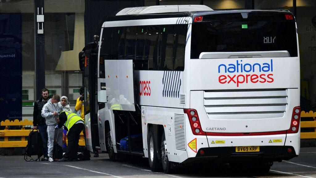 Tutti i servizi National Express (autobus) sono temporaneamente sospesi